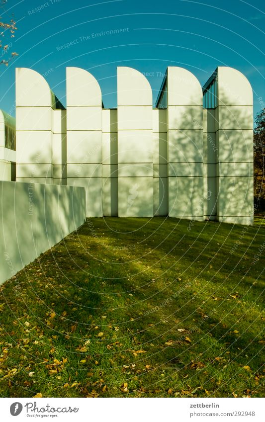 Bauhausarchiv Hauptstadt Stadtzentrum Traumhaus Bauwerk Gebäude Architektur Mauer Wand Fassade Sehenswürdigkeit gut modern schön Oktober wallroth Berlin Museum