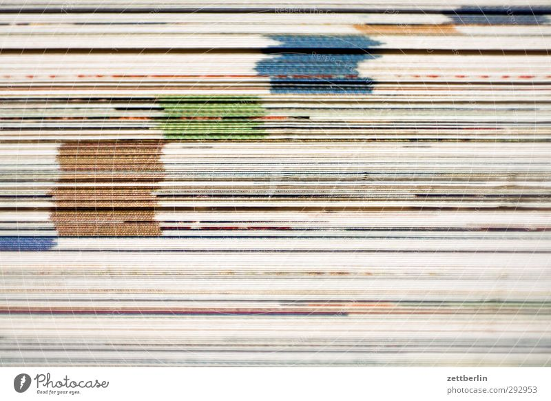 Katalog Farbstoff Buch Ordnung Papier lesen Suche Kultur Medien Zeitung Schriftstück Material Karton Zettel Printmedien Aktenordner Buchseite