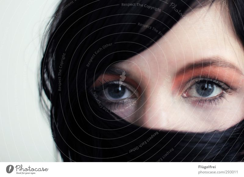 Schein Mensch Jugendliche Junge Frau Gesicht Erwachsene Auge feminin Haare & Frisuren 18-30 Jahre orange beobachten Kosmetik Schminke schwarzhaarig erstaunt