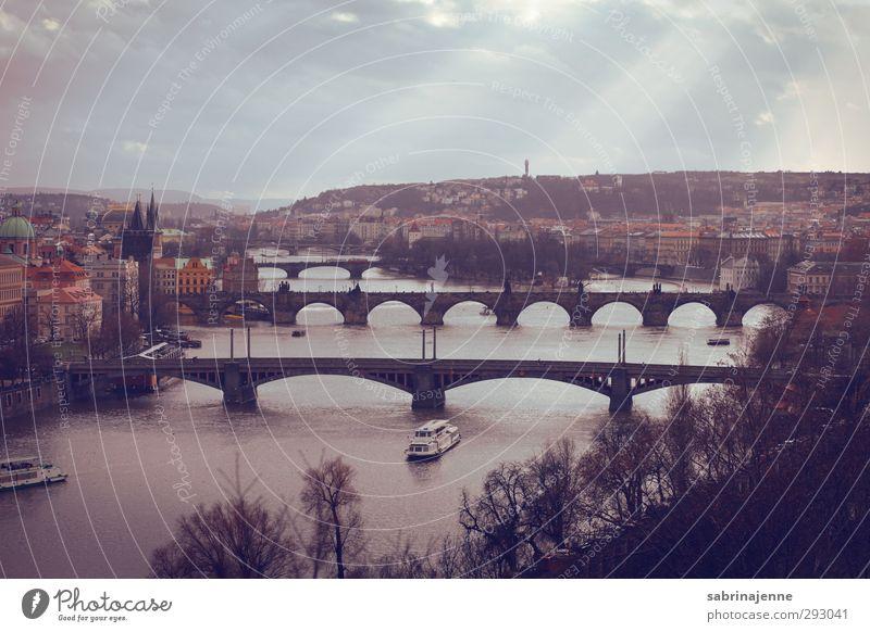 praha Ferien & Urlaub & Reisen Sonne Winter Ferne Architektur Tourismus Ausflug Brücke Bauwerk Skyline Hauptstadt Sightseeing Winterurlaub Prag Städtereise