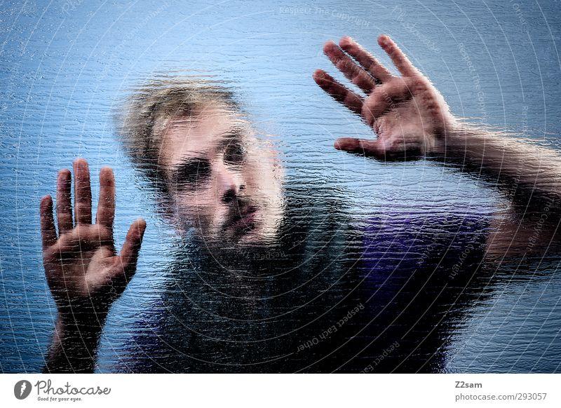 from the other side maskulin Junger Mann Jugendliche 1 Mensch 18-30 Jahre Erwachsene T-Shirt Schal blond Oberlippenbart berühren festhalten Blick träumen dunkel