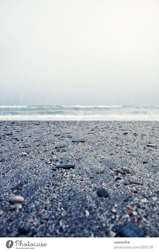 Freiheit Ferien & Urlaub & Reisen Tourismus Ausflug Abenteuer Ferne Strand Meer Wellen Umwelt Natur Landschaft Wasser Himmel Wetter schlechtes Wetter Küste