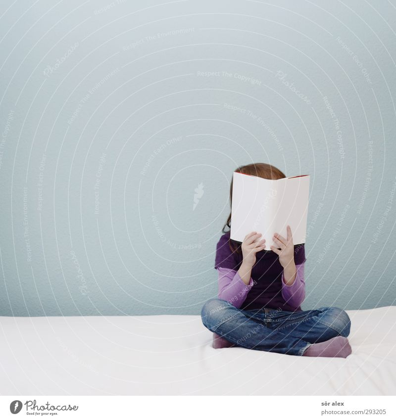 lesen lernen Mensch Kind Mädchen Leben feminin Schule Kindheit Buch Bildung Kleinkind Wissenschaften Schüler Kindergarten Kindererziehung