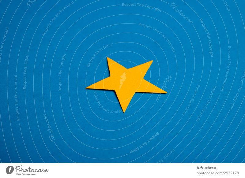 ein gelber Stern auf blauem Hintergrund Papier Dekoration & Verzierung Zeichen wählen Gesellschaft (Soziologie) Stern (Symbol) 1 einfach Einsamkeit einzeln