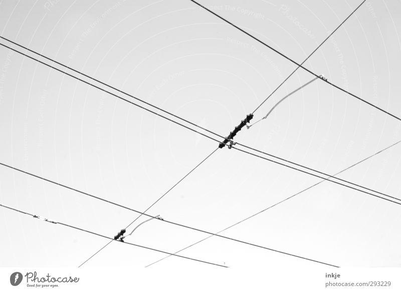 Stromlinienförmig Linie Energiewirtschaft Verkehr Energie Netzwerk Netz Kreuz Verkehrswege diagonal Vernetzung Straßenkreuzung Straßenbahn S-Bahn Bahnfahren Öffentlicher Personennahverkehr Schienenverkehr