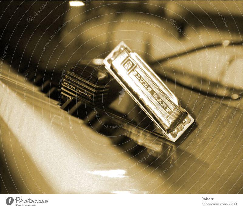 Jazzy Mikrofon Klavier Club Musik Musikinstrument Blues Harp