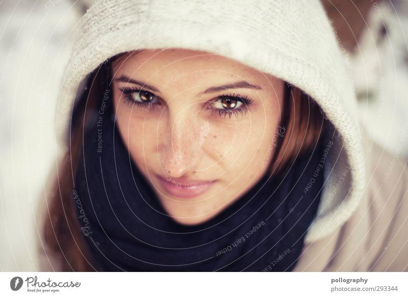 funkelnd (1) Mensch Frau Jugendliche schön Winter Junge Frau Erwachsene Schnee Leben feminin Gefühle 18-30 Jahre Kopf Stimmung Zufriedenheit Warmherzigkeit