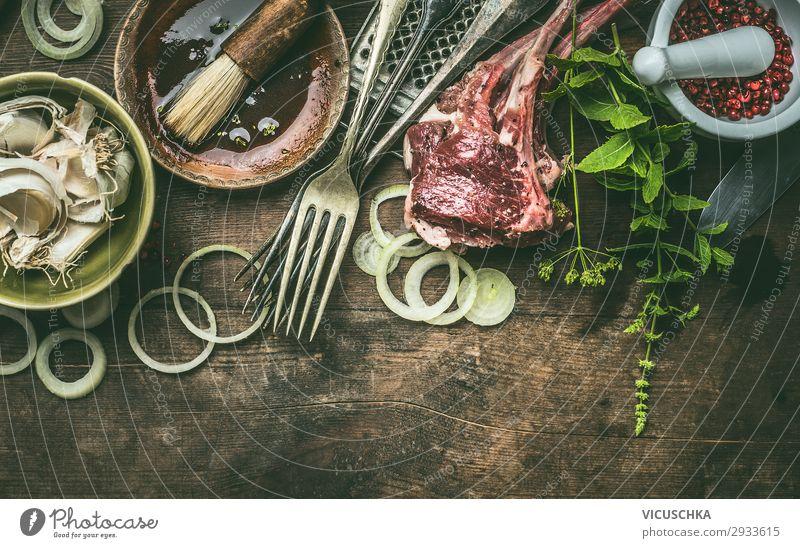 Lamm Raks mit frischen Gewürzen für Grill Lebensmittel Fleisch Kräuter & Gewürze Öl Ernährung Geschirr kaufen Design Restaurant einfach Stil Steakhouse
