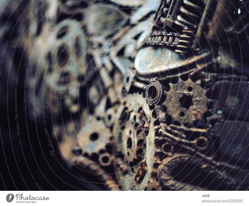 Heavy Metal Rhino (Detail) Technik & Technologie Schrott Stahl Zahnrad Kette Skulptur dunkel kalt Recycling Farbfoto Außenaufnahme Nahaufnahme Detailaufnahme