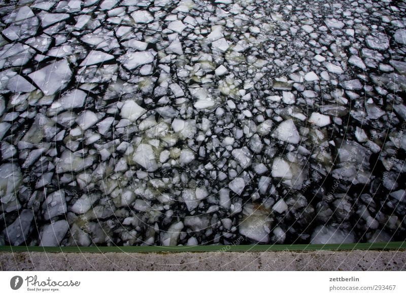 Eisschollen Natur Ferien & Urlaub & Reisen Landschaft Winter Strand Umwelt Ferne kalt Freiheit Tourismus Perspektive Ausflug Abenteuer Frost
