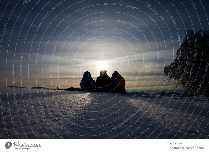 Winterpicknick Lifestyle Freude Freizeit & Hobby Ferien & Urlaub & Reisen Ausflug Schnee Winterurlaub Berge u. Gebirge Mensch Freundschaft Jugendliche 3 Natur