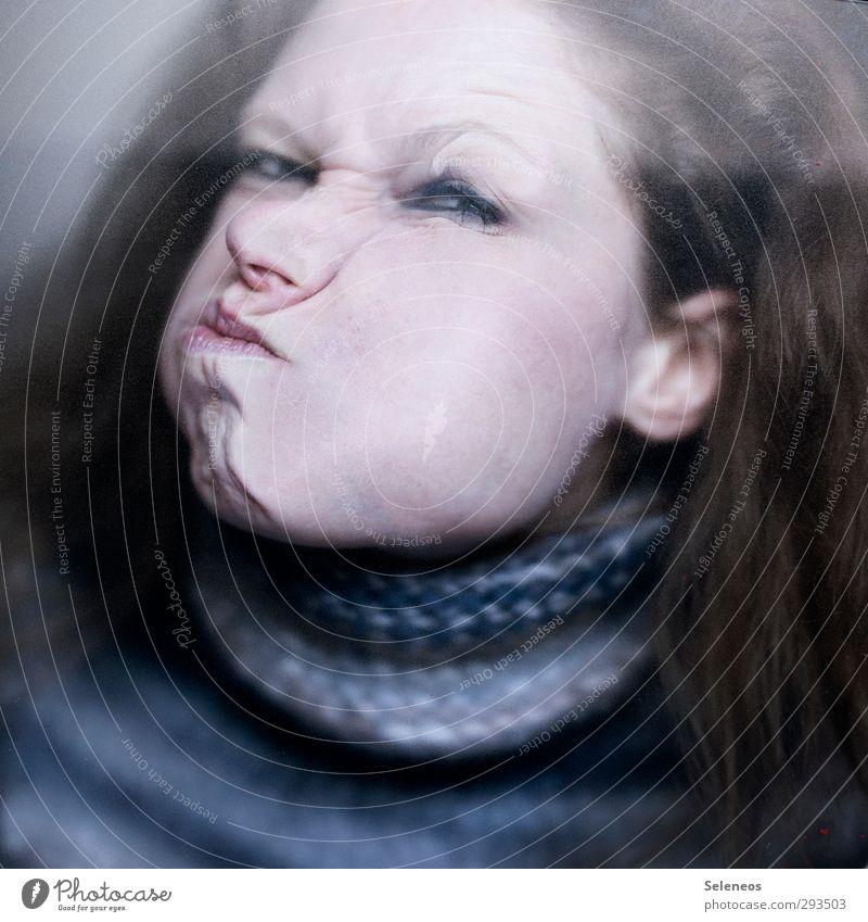 dicke Backe Mensch feminin Frau Erwachsene Haut Kopf Haare & Frisuren Gesicht Auge Ohr Nase Mund Lippen 1 Pullover berühren Aggression bedrohlich Gefühle