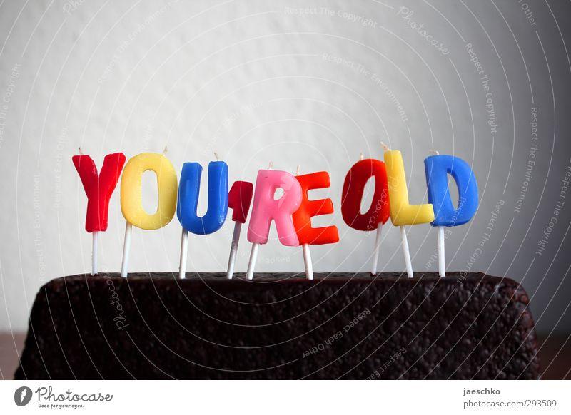 YOLO alt Senior lustig Feste & Feiern Freundschaft Kindheit Kraft Geburtstag Dekoration & Verzierung Schriftzeichen Zukunft trist Wandel & Veränderung einfach