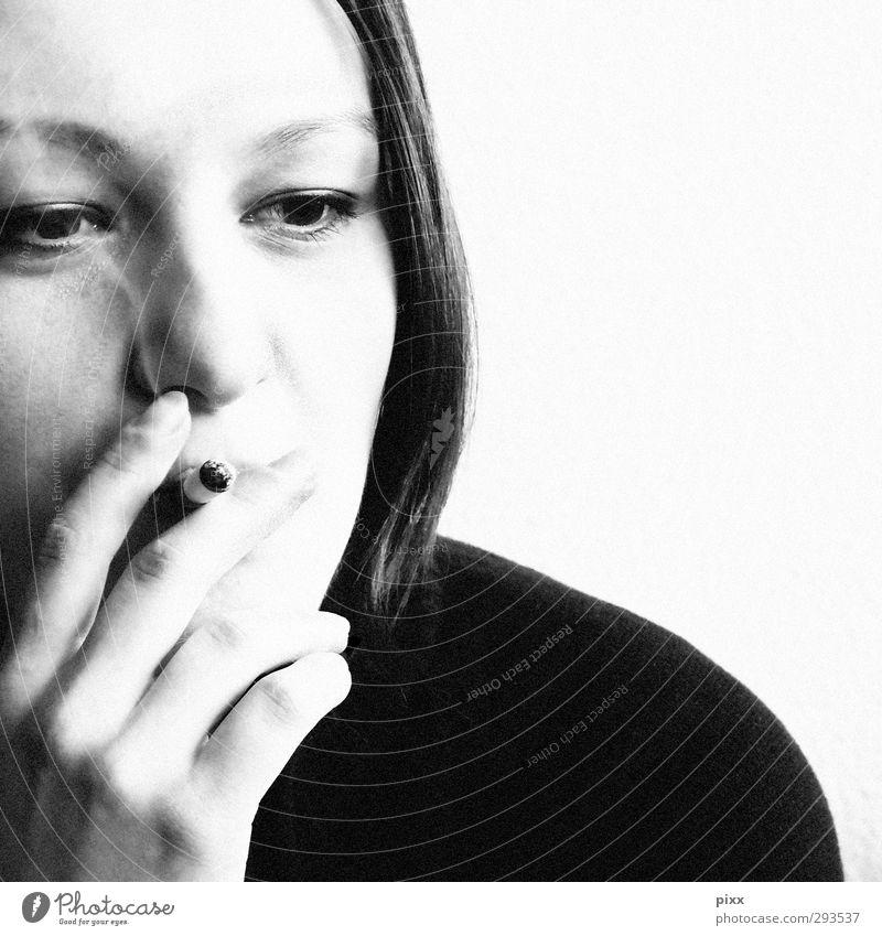 sieben Mensch Jugendliche Junge Frau Erholung Hand 18-30 Jahre schwarz Gesicht Erwachsene Leben feminin Gesundheit Haare & Frisuren träumen authentisch weich