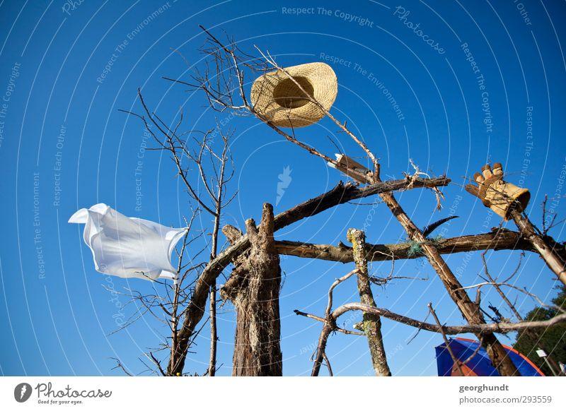 Spielwind blau Ferien & Urlaub & Reisen weiß Sommer Sonne Meer Strand Freiheit Holz braun Freizeit & Hobby Insel Tourismus festhalten trocken Sonnenbad