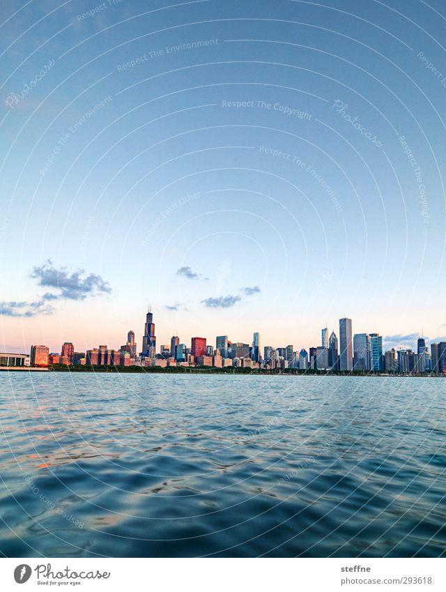 Morning Light Wasser Himmel Sonnenaufgang Sonnenuntergang Sonnenlicht Sommer Schönes Wetter Küste Seeufer Michigan See Chicago USA Stadt Skyline Hochhaus