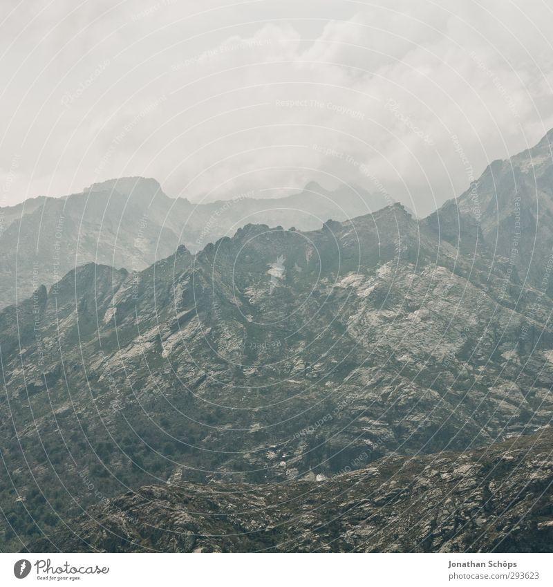 Korsika XXXII Himmel Natur Wolken Landschaft Umwelt Ferne Berge u. Gebirge Freiheit grau Stein Horizont Felsen Nebel wandern ästhetisch Abenteuer