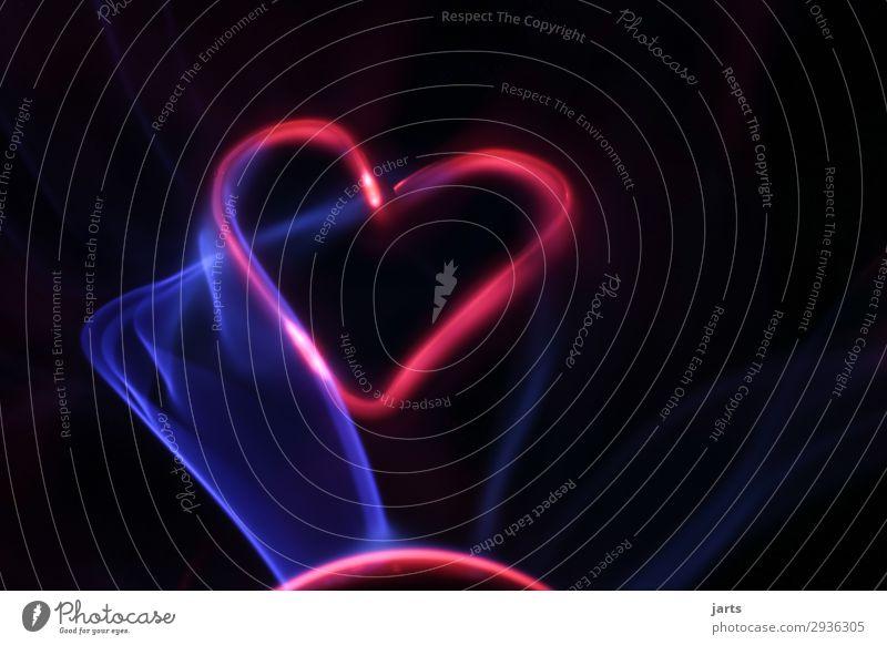 power Technik & Technologie Wissenschaften High-Tech Energiewirtschaft Erneuerbare Energie Glas Herz leuchten außergewöhnlich heiß blau rot Liebe Elektrizität