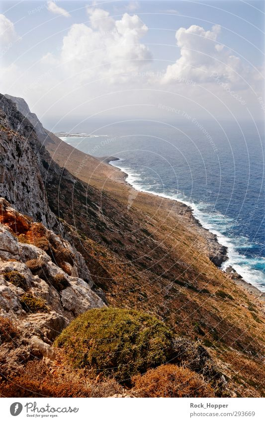 Steilküste Kreta Himmel Ferien & Urlaub & Reisen blau Pflanze grün weiß Erholung Meer Landschaft Wolken Berge u. Gebirge Umwelt gelb Herbst Küste Stein
