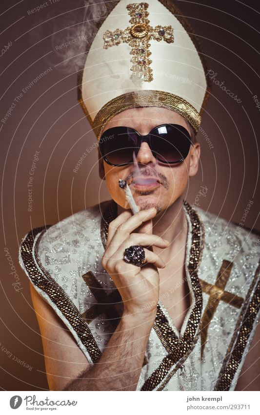 Soul Man Mensch Mann Erwachsene Religion & Glaube gold verrückt 45-60 Jahre Coolness Rauchen Bart Hut Kreuz Ring trendy skurril trashig