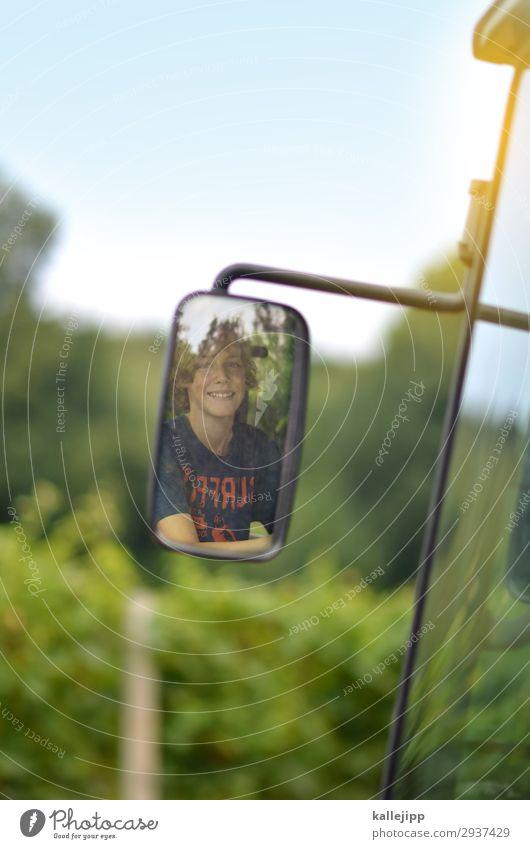 treckerfahrer Mensch Ferien & Urlaub & Reisen Natur Jugendliche Gesicht Auge Lifestyle Umwelt Junge Haare & Frisuren Kopf Arbeit & Erwerbstätigkeit