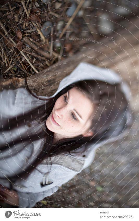 Traumwelt Mensch Jugendliche schön Junge Frau Gesicht Erwachsene feminin 18-30 Jahre liegen