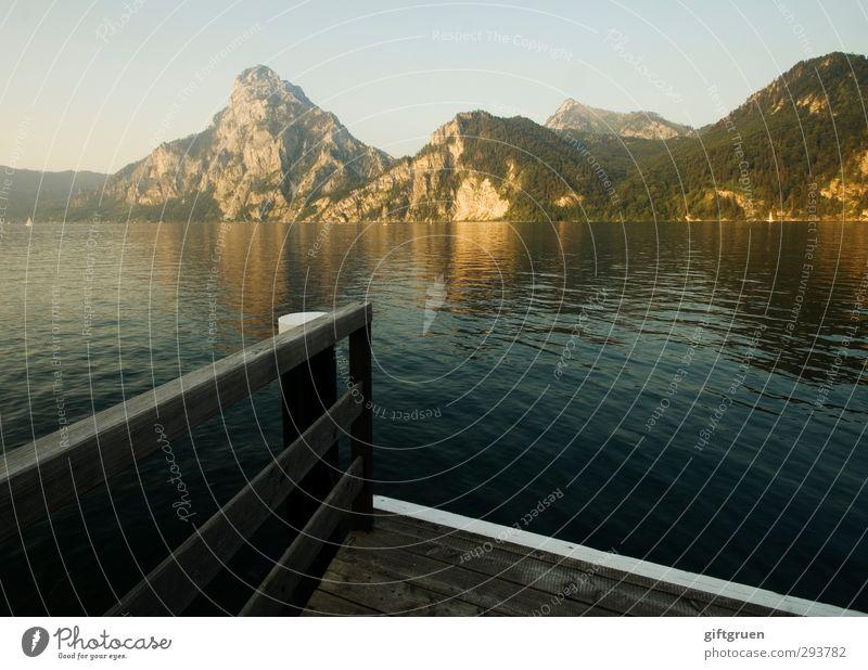 sommerabend Himmel Natur Wasser Sommer Landschaft ruhig Erholung Umwelt Berge u. Gebirge Holz See Felsen Stimmung Zufriedenheit Schönes Wetter Idylle