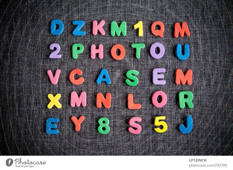 tYPo. I Spielen Basteln Schriftzeichen Ziffern & Zahlen wählen lesen schreiben mehrfarbig Überraschung photocase Wortspiel Suche entdecken finden verstecken