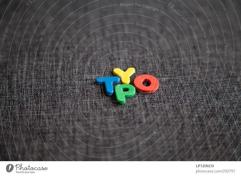 TYpO. II Freizeit & Hobby Spielen Schriftzeichen Ziffern & Zahlen mehrfarbig Design Kreativität Typographie Stoff Wort Farbfoto Innenaufnahme Menschenleer