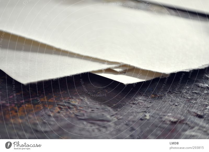 turn over a new sheet weiß schwarz leer Ecke Papier malen Niveau zeichnen kahl Printmedien rau gerissen blanko überlagert Zeichenpapier