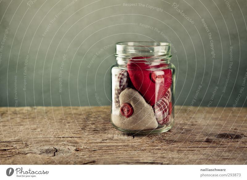 Valentingstag schön rot Einsamkeit Liebe lustig Holz braun Stimmung Zusammensein außergewöhnlich Glas Herz leuchten niedlich retro Romantik