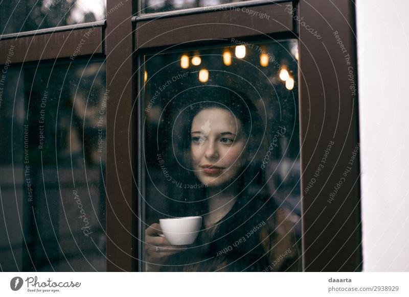 zufrieden mit dem Kaffee 2 Getränk Heißgetränk Kakao Latte Macchiato Becher Lifestyle elegant Stil Freude Leben harmonisch Freizeit & Hobby Abenteuer Freiheit