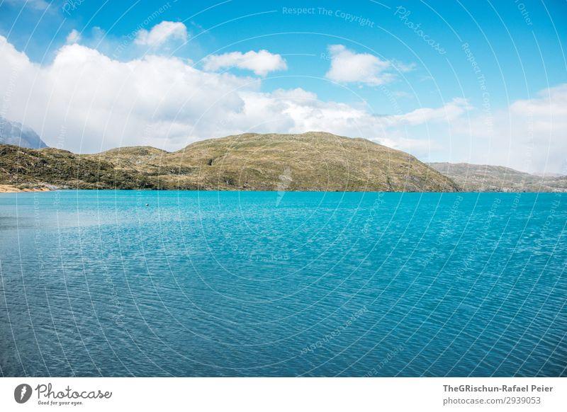 Türkis See im Torres del Paine Nationalpark Umwelt Natur Landschaft braun türkis Himmel Wolken Wasser Strand Aussicht Erholung ruhig Wind Torres del Paine NP