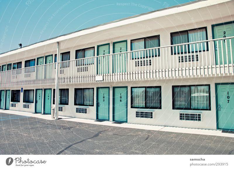 Motel Feeling Ferien & Urlaub & Reisen Tourismus Ausflug Kleinstadt Stadt Stadtrand Haus Gebäude Mauer Wand Fenster Tür schlafen Billig unterwegs Raum reisend