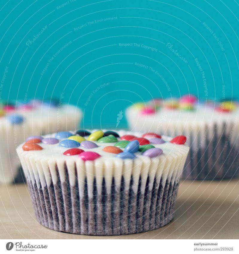 lecker cupcakes blau Essen Lebensmittel Geburtstag Lifestyle Dekoration & Verzierung Ernährung genießen Kochen & Garen & Backen Küche Übergewicht trendy
