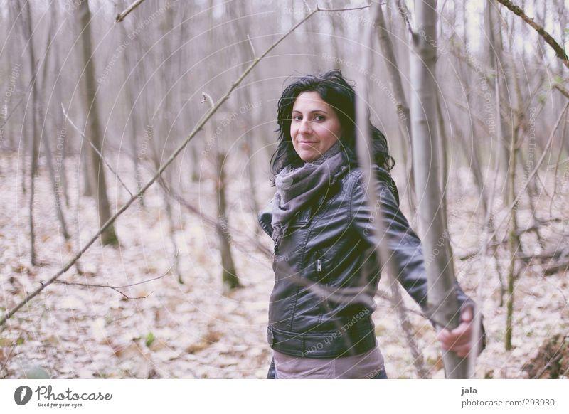 c. Mensch Frau Natur schön Landschaft Wald Erwachsene Umwelt feminin Herbst natürlich 30-45 Jahre