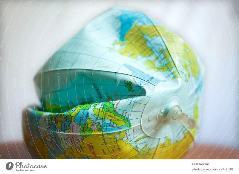 Globalisierung Erde Kontinente Globus Heimat Klima Klimaschutz Mensch Planet Gewächshaus Treibhausgas Umwelt Umweltschutz Umweltverschmutzung Ball Wasserball