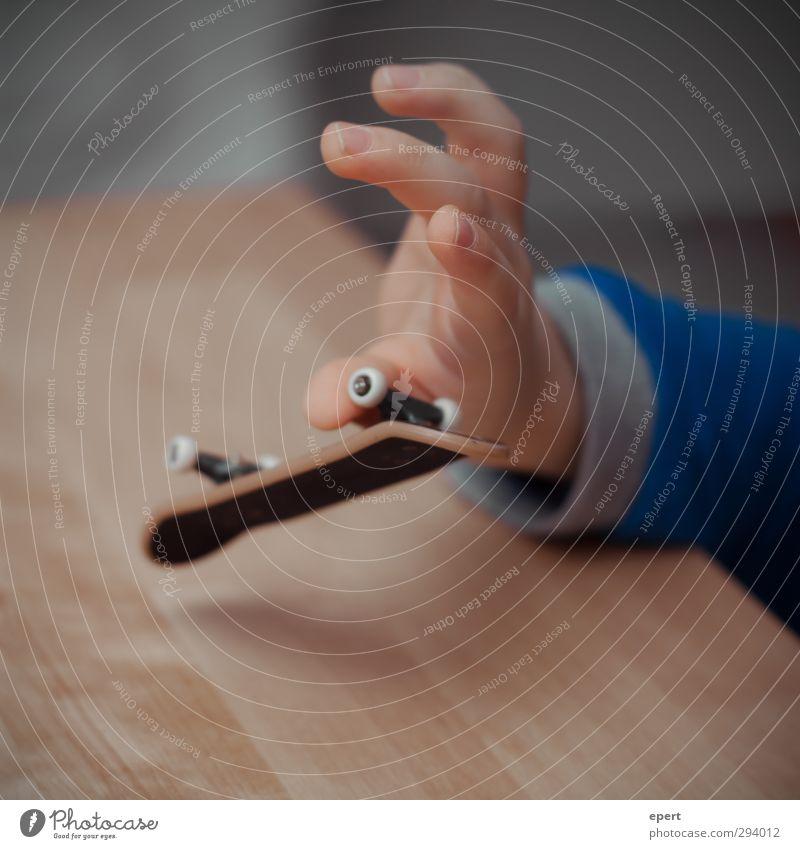 Impossible Kind Hand Freude Sport Spielen Freizeit & Hobby Zufriedenheit Lifestyle Finger ästhetisch Coolness Kreativität Lebensfreude Spielzeug sportlich