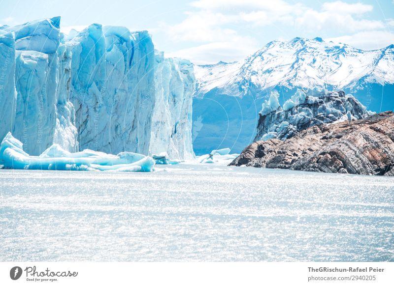 Perito Moreno Gletscher Natur Landschaft blau weiß Wasser See Felsen Wachstum verringern Eisscholle kalbern Schnee nass kalt bedrohlich groß Argentinien