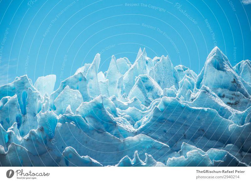 Eisskulptur Umwelt Natur blau weiß Skulptur Schnee Himmel Perito Moreno Gletscher eisformation Eisberg Spitze Strukturen & Formen Muster Schatten Licht Kontrast