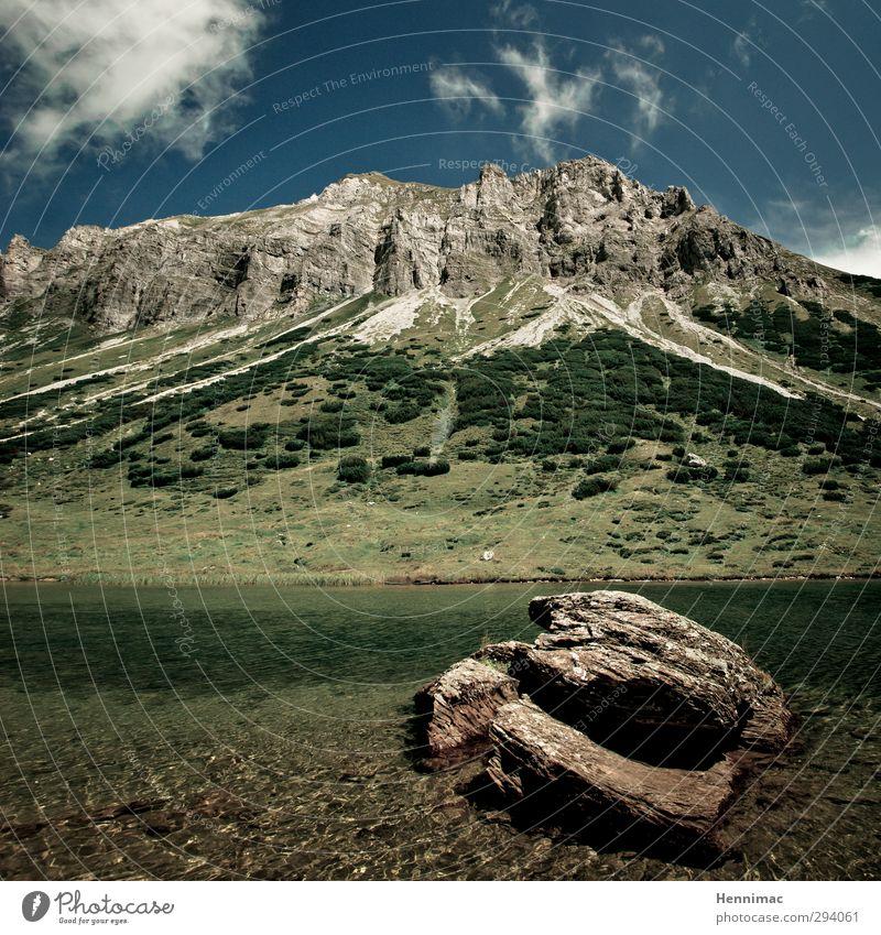 Der Berg ruft. Himmel Natur Ferien & Urlaub & Reisen blau grün Sommer Wasser Erholung Landschaft Wolken Ferne Berge u. Gebirge Freiheit Stein See Felsen