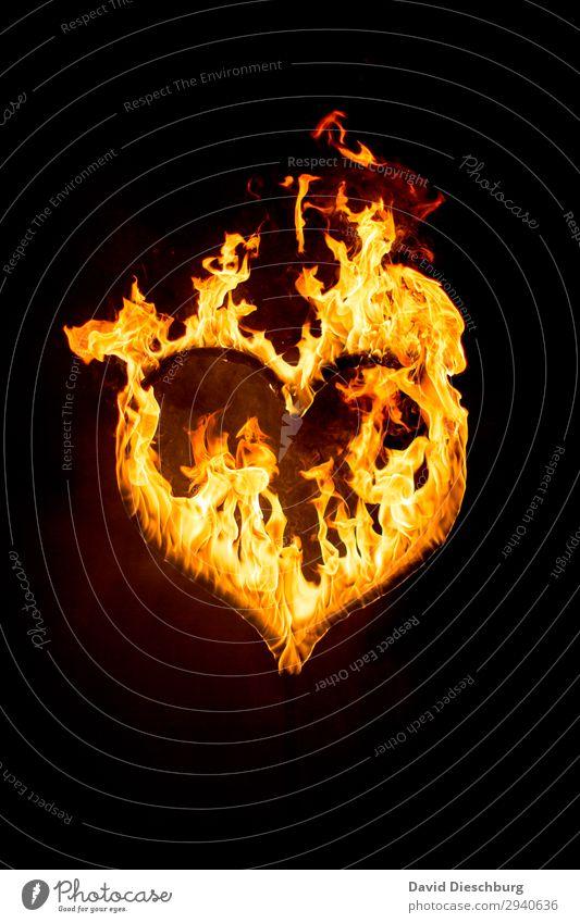 Herz in Flammen Zeichen gelb orange schwarz Zusammensein Liebe Verliebtheit Treue Romantik Hoffnung Glaube Eifersucht Einsamkeit Liebesaffäre verlieren
