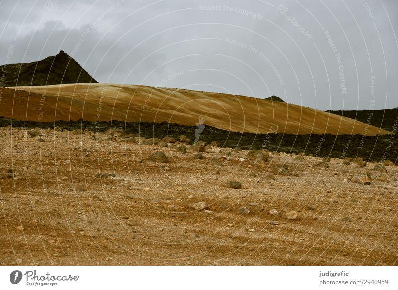 Island Abenteuer Ferne Expedition Berge u. Gebirge Natur Landschaft Urelemente Erde Hügel Vulkan Menschenleer dunkel natürlich wild braun Endzeitstimmung