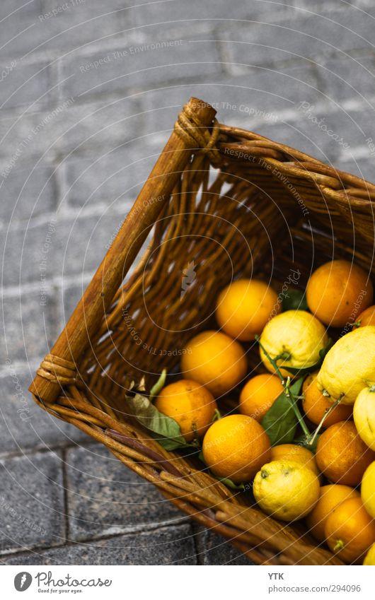 Basket of Orange alt Straße Gesunde Ernährung Essen Gesundheit orange Lebensmittel Frucht ästhetisch kaufen berühren Duft Bioprodukte Handel