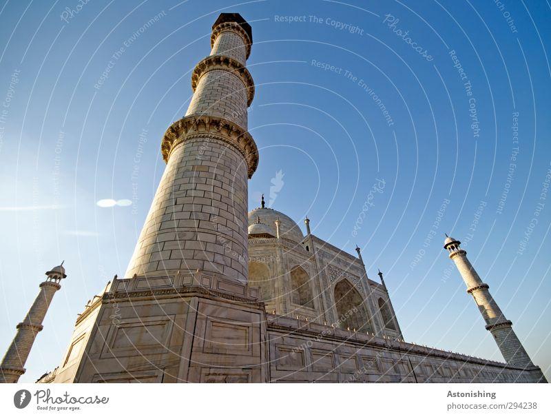 TAJ I Himmel Wolkenloser Himmel Wetter Schönes Wetter Agra Indien Asien Stadt Palast Turm Tor Bauwerk Gebäude Architektur Mauer Wand Fenster Sehenswürdigkeit