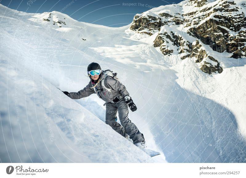 Princessa on the Rocks Winter Berge u. Gebirge Schnee Sport Felsen Freizeit & Hobby Schönes Wetter Abenteuer berühren sportlich Leidenschaft abwärts Schneelandschaft steil Snowboard Wintersport