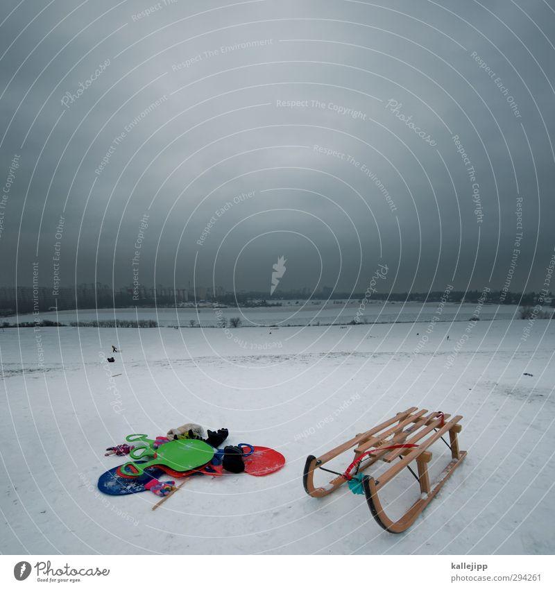 letzte abfahrt Umwelt Natur Landschaft Wolken Winter Klima Eis Frost Schnee Hügel Spielen Rodeln Schlitten Bob Schneefall Berghang Rodelbahn Kinderspiel Freude