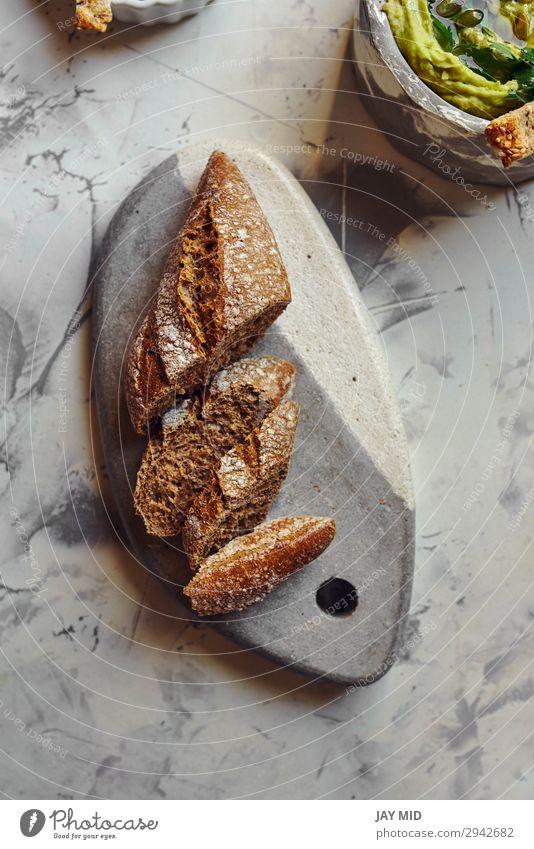 Roggenbrot, in Scheiben geschnitten Lebensmittel Milcherzeugnisse Brot Ernährung Essen Frühstück Bioprodukte Vegetarische Ernährung Diät dunkel frisch lecker