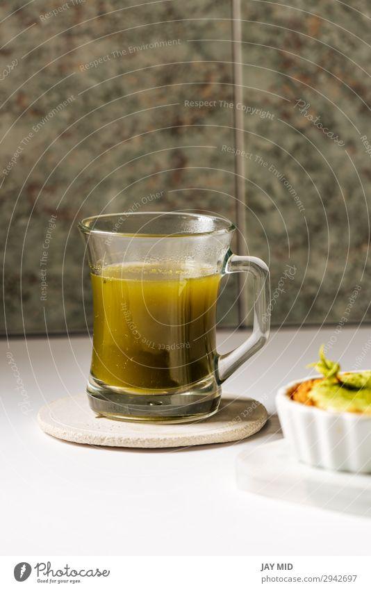 Heißer Matcha-Tee in transparenten Tassen Ernährung Diät Getränk Heißgetränk Lifestyle Erholung Kultur Natur heiß grün Tradition Japanisch trinken Glas