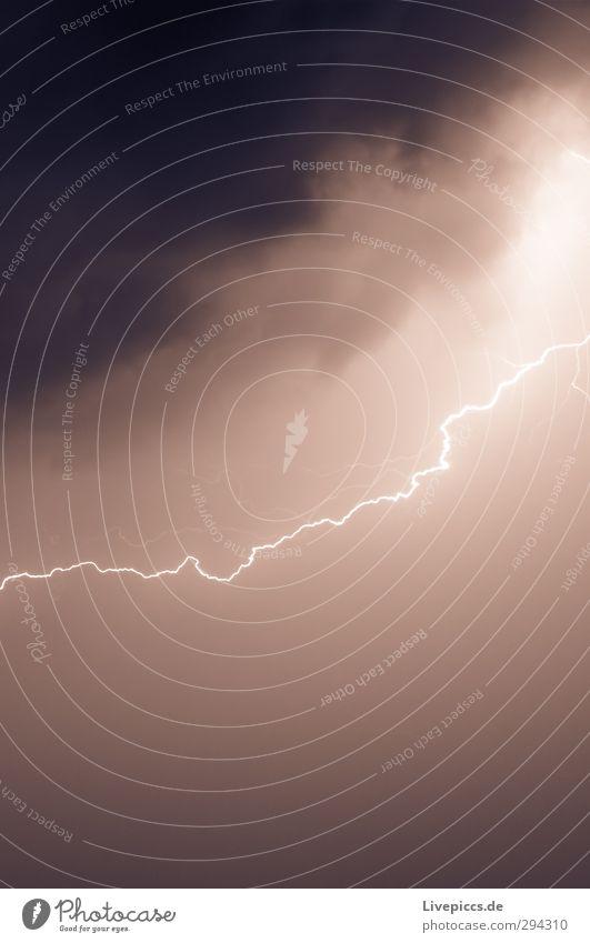 Donnerwetter! Umwelt Natur Urelemente Himmel Wolken Gewitterwolken Nachthimmel Horizont Sommer Klima Wetter schlechtes Wetter Unwetter Wind Sturm Blitze
